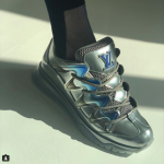 Al debutto a Parigi le Couture-Sneakers di Louis Vuitton!